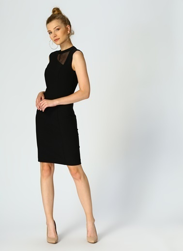 Random Kolsuz Dar Elbise Siyah